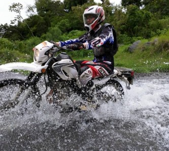 moto-tours-guate-dirt-river-3
